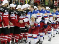 Хоккеистам России и США на Олимпиаде запретили жать друг другу руки