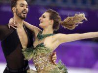 Французская фигуристка чуть не потеряла платье на Олимпиаде