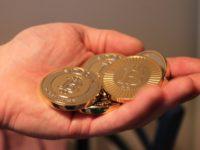 Курс биткоина к доллару упал до $10 тыс
