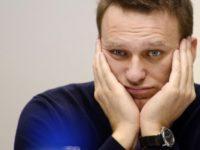 Алексей Навальный заявил, что задержан на выходе из стоматологии